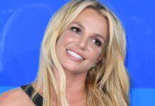 """Britney Jean Spears adalah penyanyi, penulis lagu, penari, dan aktris Amerika. Dia dikreditkan sebagai sosok yang memengaruhi kebangkitan pop remaja selama akhir 1990-an dan awal 2000-an, yang dia disebut sebagai """"Putri Pop"""". Lahir di McComb, Mississippi, Amerika Serikat pada 2 Desember 1981 (umur 39 tahun), atau berzodiak Virgo. (Wikipedia)"""