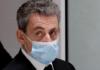 FOTO FILE: Mantan Presiden Prancis Nicolas Sarkozy meninggalkan ruang sidang saat persidangannya atas tuduhan korupsi di gedung pengadilan Paris, Prancis, 7 Desember 2020. (REUTERS / Benoit Tessier / File Photo via CNA)