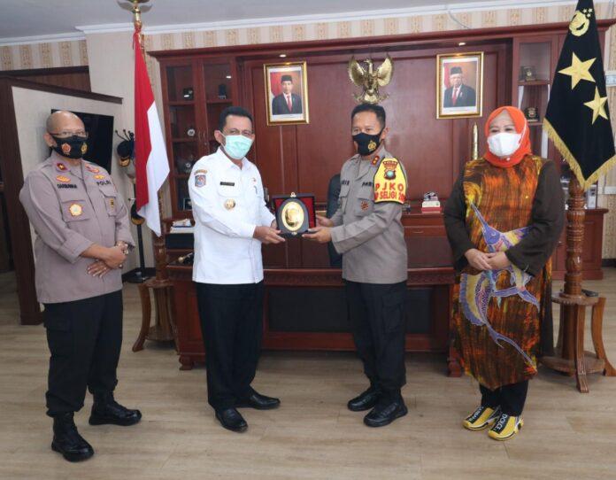 Gubernur dan Wakil Gubernur terpilih, Ansar Ahmad dan Marlin Agustina bersilaturahmi ke Polda Kepri