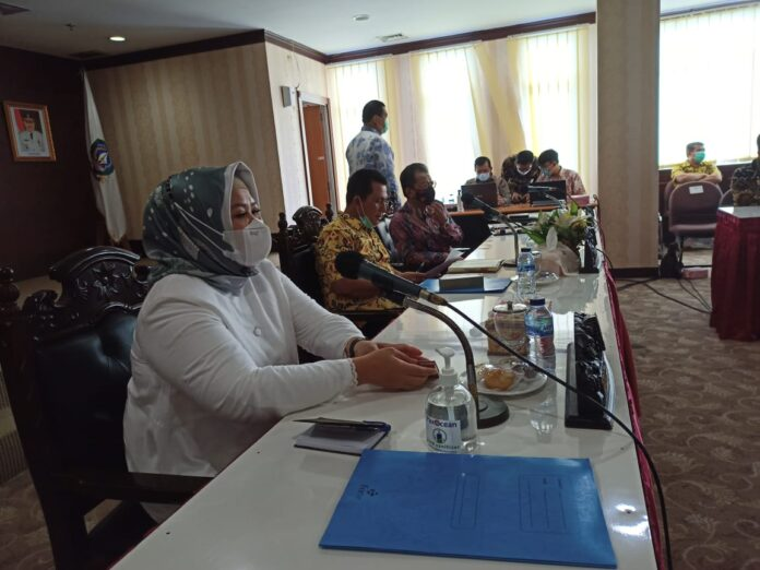 Gubernur Kepri memimpin rapat Forum Koordinasi Pimpinan Daerah (FKPD) Kepri di Graha Kepri Batam hari ini, Sabtu (13/3).