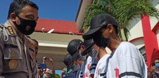 Foto ke empat pelaku berinisial YF (20), EP (15), ES (16), dan MF (17), yang saat ini telah diamankan Tim Subdit III Ditreskrimum Polda Kepulauan Riau, Selasa (16/3/2021)