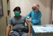 Personel Kamla Zona Maritim Barat saat mengikuti kegiatan vaksinasi (Suryakepri.com/ist)