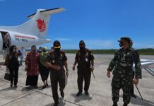 Kajati Kepri Hari Setiyono bersama rombongan tiba di Kabupaten Natuna (Suryakepri.com/ist)