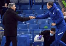 Carlo Ancelotti (kiri) dan Thomas Tuchel saling menyapa saat peluit akhir berbunyi dengan kemenangan 2-0 Chelsea atas Everton. (Foto: Premierleague.com)