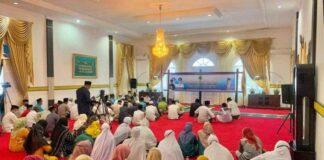 Pemerintah Kabupaten Lingga menggelar acara doa dan silaturahmi bersama masyarakat Lingga di Gedung Daerah Junjung Budaya, Daik, Jum'at (2/4/2021).