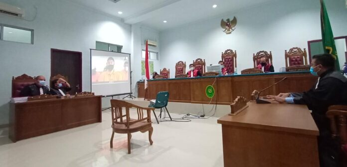 Sidang pembacaan tuntutan terdakwa Dodi Sanova di PN Tipikor Tanjungpinang (Suryakepri.com/Muhammad Bunga Ashab)