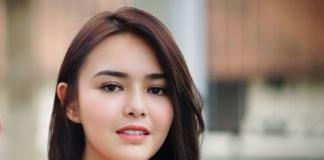 Amanda Gabriella Manopo Lugue, yang lebih dikenal sebagai Amanda Manopo adalah seorang aktris dan model berkebangsaan Indonesia yang dikenal karena perannya sebagai Ariel di Mermaid In Love, sebagai Nayla di Cinta Sebening Embun dan sebagai Andin di Ikatan Cinta. Amanda Manopo lahir di Jakarta pada 6 Desember 1999 (umur 21 tahun) atau berzodiak Sagitarius.