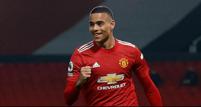 Mason Greenwood tersenyum setelah membawa Manchester United unggul 2-1 melawan Brighton & Hove Albion. (Foto: Premieleague.com)