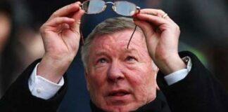 Sir Alexander Chapman Ferguson CBE adalah mantan manajer dan pemain sepak bola Skotlandia, dikenal luas karena mengelola Manchester United dari tahun 1986 hingga 2013. Dia dianggap oleh banyak orang sebagai salah satu manajer terhebat sepanjang masa dan dia telah memenangkan lebih banyak trofi daripada manajer lainnya. dalam sejarah sepakbola. Sir Alex Ferguson lahir di Govan, Glasgow, Inggris, pada 31 Desember 1941 (umur 79 tahun), atau berzodiak Capricorn.