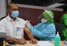 Pelaksanaan vaksinasi pegawai BP Batam, Kamis (01/04/2021).