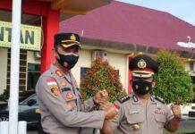 Kapolres Bintan AKBP Bambang Sugihartono dan Kabagops Polres Bintan AKBP Robinson Sembiring salam komando (Suryakepri.com)