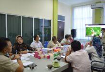Pansus Kawasan Hutan Lindung dan Konsesi Tambang DPRD Karimun saat kunker ke Kantor BPN Karimun, Selasa (30/3/2021) lalu. Foto Suryakepri.com/IST