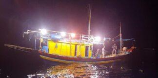 Penangkapan kapal ikan asal Vietnam di Perairan Natuna oleh Bakamla RI (Suryakepri.com/Dok Bakamla)