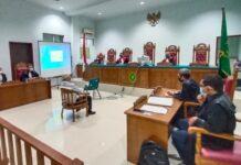 Sidang terdakwa Yudi Ramdani di PN Tipikor Tanjungpinang (Suryakepri.com/Muhammad Bunga Ashab)