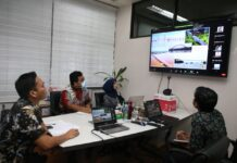 "Webinar yang bertajuk ""Tantangan Keinsinyuran Dalam Kelayakan Rancang Bangun, Perekayasaan dan Konstruksi Untuk Pembangunan Jembatan BABIN Berbentang Panjang di Atas Laut di Wilayah Kepulauan Riau"", pada Rabu (7/4/2021)."