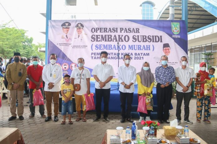 Pemerintah Kota (Pemko) Batam kembali menggelar operasi pasar, sembako subsidi atau sembako murah