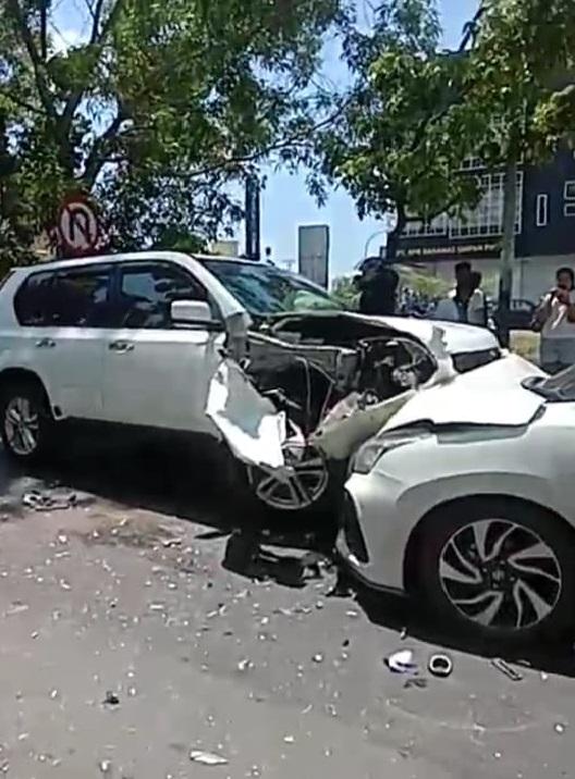 Kecelakaan maut di jalan depan Ruko Grand Niaga Mas Batam Center, Minggu (18/4/2021)