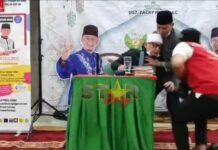 Ustad Zacky Mirza pingsan saat ceramah di Pekanbaru. (Foto: screenshot youtube Star story)
