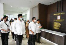 Gubernur Kepri Ansar Ahmad meninjau RSUD Tarempa Anambas,