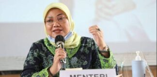Menteri Ketenagakerjaan (Menaker) Ida Fauziyah memberikan arahan kepada jajaran Kepala Disnaker di Bandung, Jawa Barat, Minggu (9/8/2020). (Sumber: Dokumentasi Humas Kementerian Ketenagakerjaan)