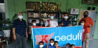 Foto Tim CSR & promosi PKP Peduli di salah satu panti