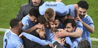 Para pemain Manchester City merayakan gol Phil Foden pada menit ke-75, yang membuat Borussia Dortmund kesulitan karena sulit untuk berbalik unggul dalam posisi kalah agregat 2-4, yang berarti harus mengejar setidaknya tiga gol lagi. (Foto dari Sky Sports)
