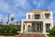 Rumah contoh Perumahan Noble Cove Batam dengan konsep: Hunian mewah dengan Pemandangan hamparan laut biru dan berbagai fasilitas yang akan memanjakan konsumennya.