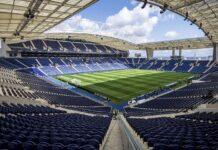 Estádio do Dragão, kandang FC Porto, bukanlah venue yang bersahabat dengan Manchester City. Dua laga tanpa kemenangan (sekali imbang dan sekali kalah) mereka pada Liga Champions 2020/21, terjadi di stadion ini. (Foto: Euronews.com)