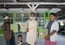 Badan Koordinasi Dakwah Islam (BKDI) menyerahkan Bingkisan Ramadan 1442 H/2021 M kepada imam dan marbot di 36 Masjid dan Mushola di Kota Batam.