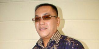 Guru Besar Universitas Batam (Uniba) Prof DR Ir Jemmy Rumengan meninggal dunia pagi ini Jumat (21/5/2021) di RS Awal Bros Batam. (Foto dari Suprizaltanjung.wordpress.com)