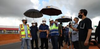 Kepala BP Batam, Muhammad Rudi, melakukan peninjauan Pembangunan Jalur Kedua Jalan Hang Kesturi Tahap 1, Kabil, pada Minggu (9/5/2021) pagi.