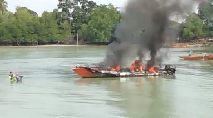 Speedboat BPBD Lingga Terbakar, Rabu (19/05/2021)