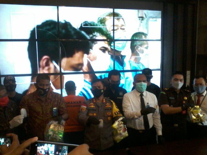 Polres Karimun memusnahkan tiga kilogram sabu-sabu hasip penindakan April 2021, Rabu (19/5/2021). Foto Suryakepri.com/YAHYA