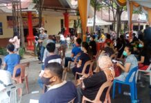 Ratusan warga mendatangi Klinik Polresta Barelang untuk mendapatkan Vaksinasi Covid-19, Sabtu (29/5/2021) siang.