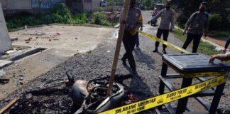 Markas Polsek Candipuro dibakar warga pada Selasa (18/5/2021) malam (dok. Polda Lampung)