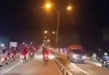 Tangkapan layar, diduga pemudik lolos penyekatan di Jalur Pantura perbatasan Kabupaten Bekasi dan Karawang pada Jumat (7/5/2021) malam.