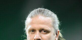 Mantan pemain Arsenal Emanuel Petit. (Foto dari The Sun)