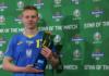 "Gelandang Ukraina Oleksandr Zinchenko dinobatkan sebagai Bintang Pertandingan dalam kemenangan 2-1 atas Swedia di Babak 16 Besar EURO 2020. Packie Bonner, Pengamat Teknis UEFA, mengatakan: ""Dia mencetak gol dan melakukan umpan silang brilian untuk gol pemenang.""(Uefa)"