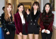 Girlband Korea Selatan Red Velvet terlihat usai tampil di Pyongyang, Korea Utara, Minggu, 1 April 2018. (Korea Pool via AP)