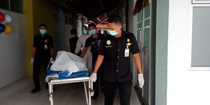 Seorang pria tewas bersimbah darah di Bengkong Telaga Indah Blok K2, Kelurahan Bengkong Sadai, Sabtu (11/6/2021) sekitar pukul 10.00 WIB.