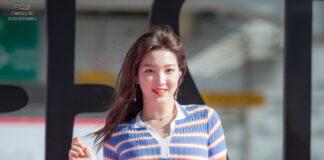 """Kim Yul Hee alias Yulhee adalah seorang penyanyi Korea Selatan. Ia adalah anggota grup vokal perempuan Korea Selatan LABOUM. Debut sebagai anggota LABOUM pada Agustus 2014, dengan rilis perdana """"Petit Macaron"""". Ia menjadi anggota grup tersebut sampai akhir 2017, dan dikonfirmasi keluar secara resmi pada 3 November 2017. Lahir pada 27 November 1997; umur 24 tahun), berzodiak Sagitarius."""