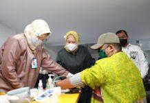 Wakil Gubernur Kepri, Marlin Agustina Rudi tinjau pelaksanaan vaksin ke 630 UMKM Kota Batam
