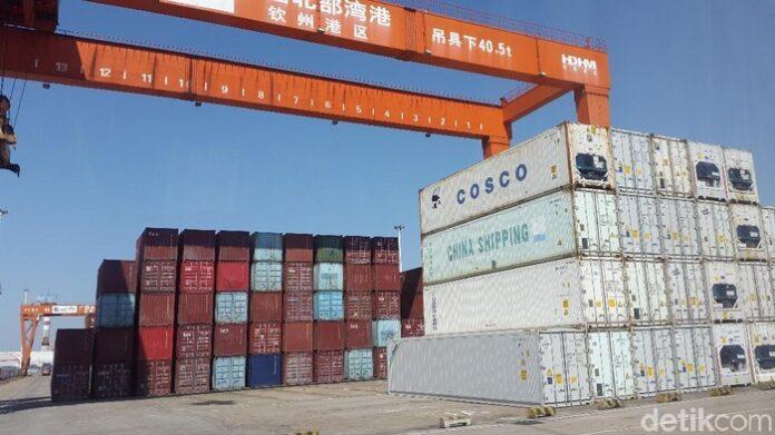 Pelabuhan China. Ilustrasi