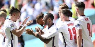 Skuad Inggris merayakan gol Raheem Sterling ke gawang Kroasia di matchday 1 Grup D Euro 2021 di Stadion Wembley, Minggu (13/06/2021) malam WIB. (c) Pool AFP via AP Photo