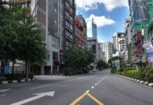 Pemandangan jalanan kosong di Kuala Lumpur pada 1 Juni 2021. (Foto: Bernama via CNA)