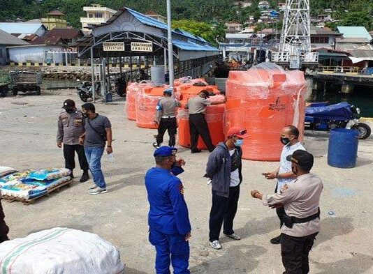 Polsek Siantan gelar kegiatan pemberantasan aksi premanisme di pelabuhan Tarempa, Kabupaten Anambas Provinsi Kepulauan Riau, Sabtu kemarin (3/7/2021).