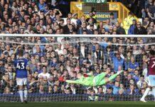 Andriy Yarmolenko dua kali membobol gawang Jordan Pickford saat debut di Liga Premier Inggris 2018/19 dalam kemenangan 3-1 West Ham United atas Everton. (Foto dari Weekend Australia).