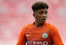 Jadon Sancho meninggalkan Man City pada usia 17 tahun, dan kini bos Etihad bersiap untuk mendapatkan rejeki nomplok bernilai Rp200 miliar lebih yang dipotong dari nilai penjualannya oleh Dortmund ke Manchester United. (Gambar: EMPICS Sport via Mirror)