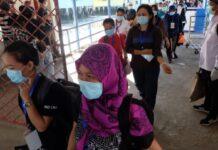 Pekerja Migran Indonesia (PMI) asal Malaysia dan Singapura pulang secara mandiri. Foto : albet