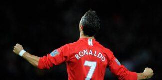 Ronaldo telah setuju untuk kembali ke United, meskipun kali ini dia mungkin tidak bisa mengenakan nomor punggung 7 yang kini dikenakan Edinson Cavani. (Foto dari Mirror).